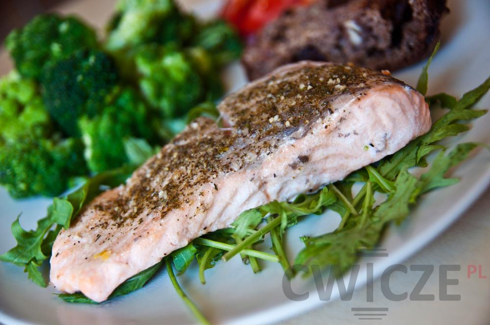 łosoś-z-warzywami---dietetyczny-obiad