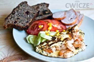 Omlet z krewetkami – zdrowe śniadanie