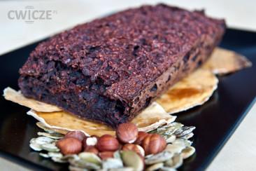 Niskokaloryczne ciasto z buraków bez mąki