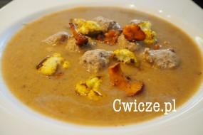 Przepyszna zupa kalafiorowo-kurkowa